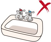 Picture 4: The outlet pipework of a shower type electric water heater must not be connected with any on/off control valve and must not be connected to basin or bath tub, to prevent excessive pressure from building up inside the water storage tank, casing an explosion